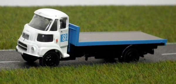 Base Toys - DB02 - Leyland FG Flat Bed - Co-op Dairy