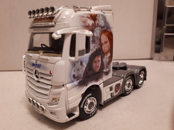 WSI - 02-1723 - MB Actros MP4 Big Space - Game of Thrones - LIMITED EDITION