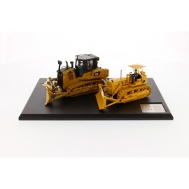 Diecast Masters - 85561 - CAT D7C Track-Type Tractor (1955-1959) & CAT D7E Track-Type Tractor